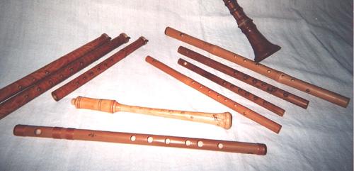 La source Blanche . Flutes